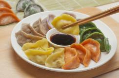 食材养生顺口溜:花生能降胆固醇,生梨饭后化痰好