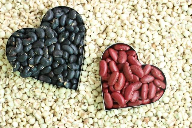 红豆配黑豆减肥美容不再愁