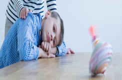 儿童自闭症应该怎么办