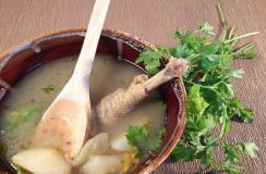 春节家宴――冬季滋补:木瓜杂豆鸡肉煲