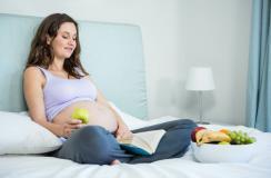 24岁女子怀孕5个月流产 日常这些食物竟导致胎儿畸形