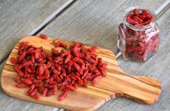 红枣枸杞水秋天喝好吗?秋天最适合喝什么水?