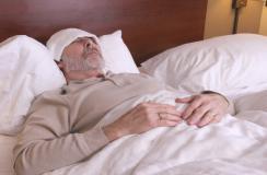 男性晚上睡觉经常盗汗可能是这些疾病的前兆