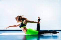 减肥瑜伽动作介绍