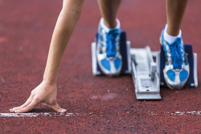 短跑运动出发助跑器.jpg