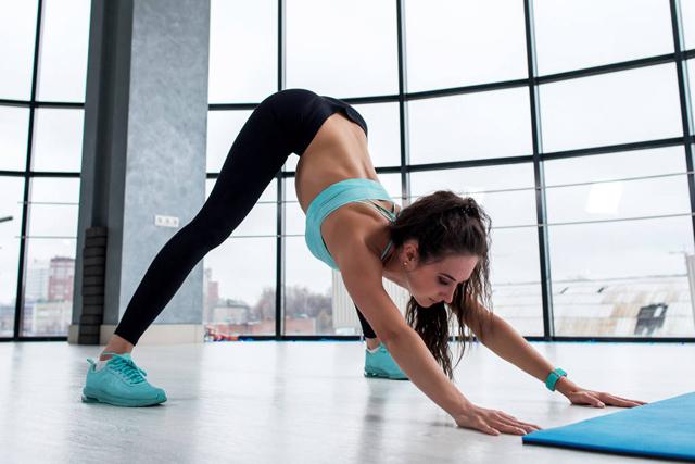 这些瑜伽动作可以瘦肚子,练习瑜伽最重要的还是这一点