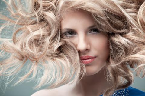 头发为什么越洗越油陷入恶循环 90%的女生都不知道这件事