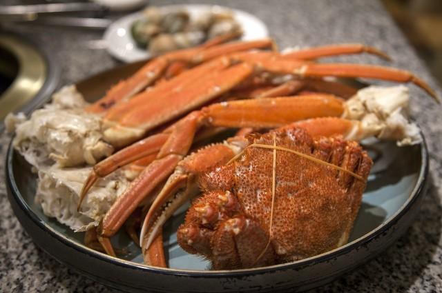 什么时候吃螃蟹最好?怎么分辨公蟹母蟹?