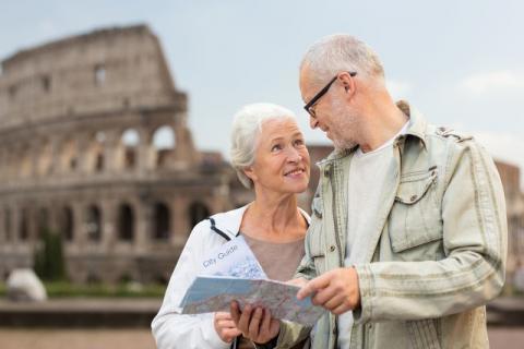 老年人经常旅游的好处