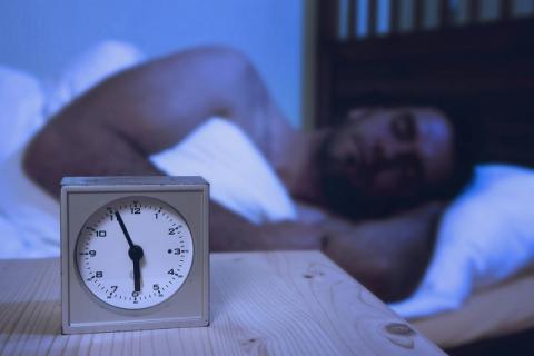 晚上睡觉总磨牙危害居然这些大 缓解磨牙的小窍门