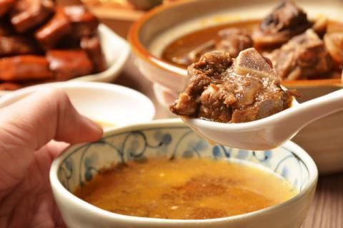 谁说吃羊肉总是太上火,那不妨来试试羊肉冬瓜汤吧!