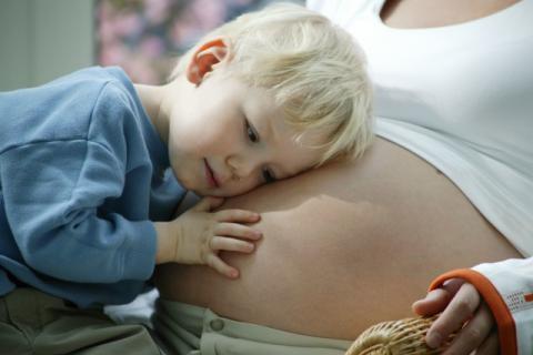 """""""一孕傻三年""""真的是有科学依据 孕期如何预防傻白甜?"""