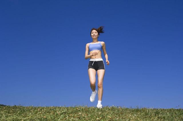 不同季节适合的运动不同,因时制宜对运动效果影响大