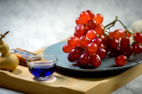 人类吃葡萄由来已久,你却不知道它竟然有这么多好处