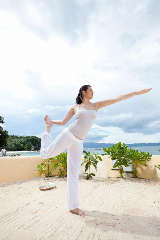 减肥是个难题,瑜伽瘦身帮您解决这个难题