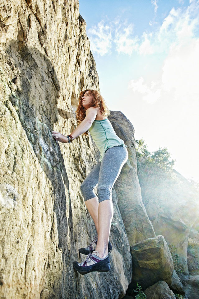过度爬山会导致小腿变粗,这几招让你小腿保持苗条