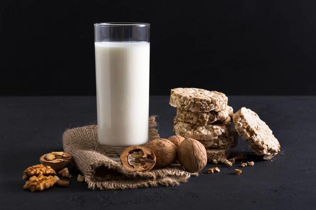 豆奶有哪些营养和功效 喝豆奶这些禁忌要注意