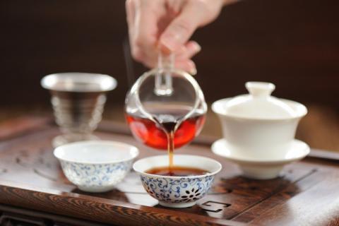 普洱茶的门道还挺多,多学一些省的闹笑话