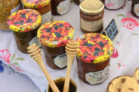 蜂王浆怎么吃美容养颜效果最好?女生如花美肌秘密在这里