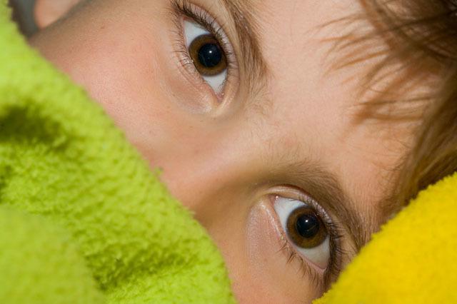 小孩子总不爱睡觉,家长注意可能是这几个原因