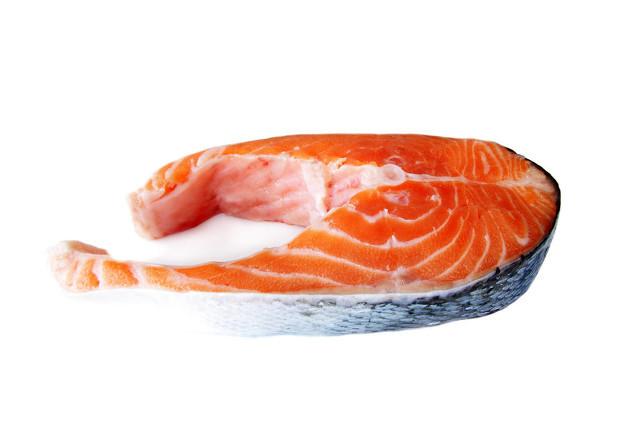 三文鱼冷藏好还是冷冻好 三文鱼的神奇功效你绝对想不到