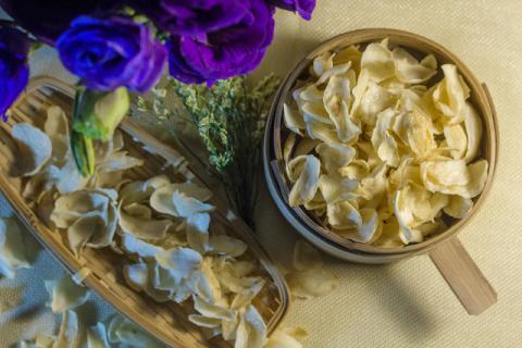 春季养生喝什么汤 中医首推百合麦冬汤
