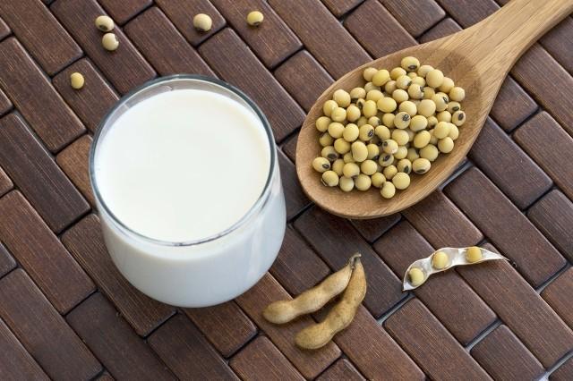春季养生喝豆乳要重视 这类豆乳会中毒