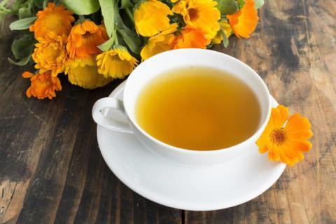 痛经女性的福音 来杯金盏菊蜜茶吧