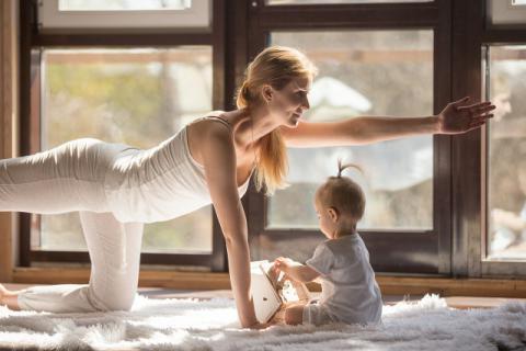 产后塑身有妙招 记清这几个瑜伽动作