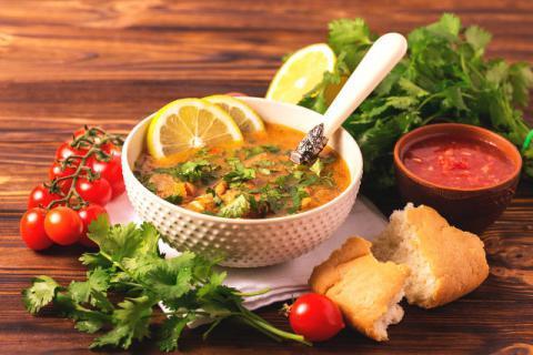 牛肉汤的营养价值,孕妇喝牛肉汤有助于胎儿的发育