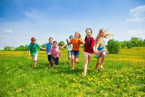 春季带宝宝出门游玩,要做好万无一失的准备