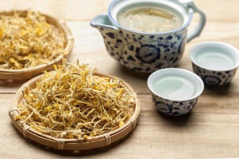 金银花茶有哪些功效和作用,快来尝尝鲜