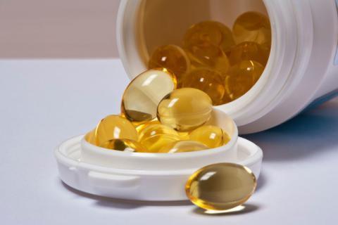 鱼肝油的功效有哪些,食用时应该注意些什么