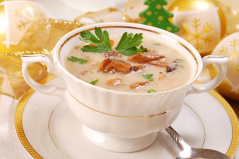 美容养颜的简易早餐汤的做法
