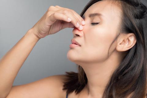 鼻塞鼻炎的按摩手法,从此让你呼吸通畅