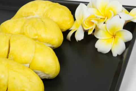 榴莲的功效与营养是什么 榴莲的禁忌人群有哪些