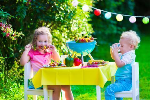 宝宝吃水果要注意,这几类水果不适宜宝宝食用