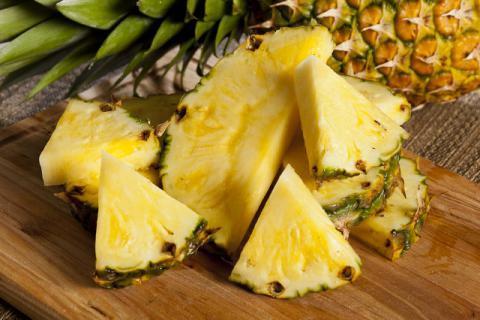 吃菠萝的季节到来,菠萝的功效和作用你了解吗