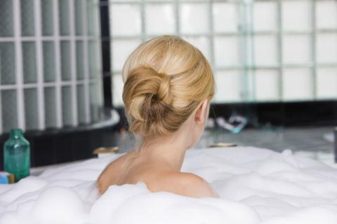 夏季皮肤本来就很敏感,对于洗澡方式你了解多少