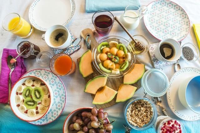 �@�住痉N食物放在一起吃,可以促�M�烧�I�B的吸收