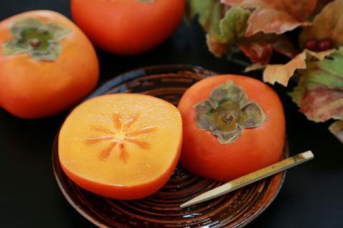 柿子的功效和作用有哪些,有哪些好吃的做法