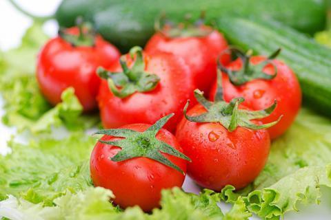 空心西红柿真的是打了激素吗,西红柿的正确挑选