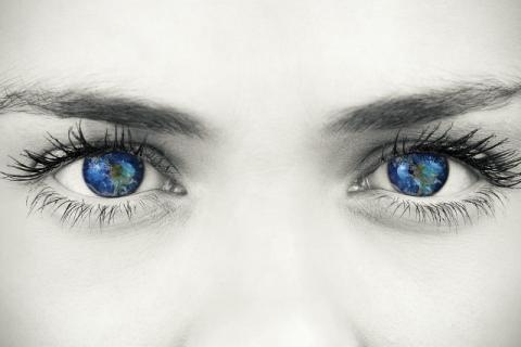 经常面对荧光屏,更要保护好你疲劳的双眼