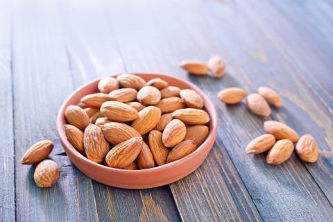 杏仁吃多了会中毒?杏仁的食用应该注意些什么