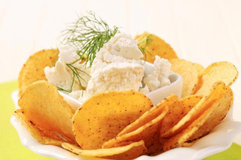 土豆的美食做法有很多�N,但不宜和�@些食物搭配食用