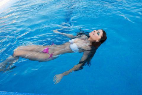 水中畅游?夏季游泳要注意这些方面