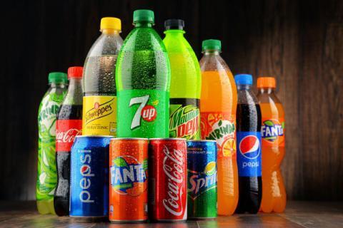 夏季饮料种类繁多,喝不完的饮料如何处理