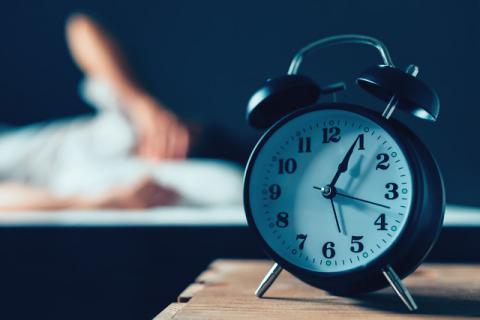 几分钟就可让你睡着的方法,失眠人群速码!