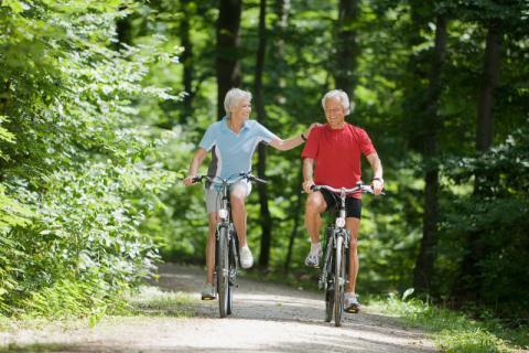 老年人在生活中要如何预防高血脂