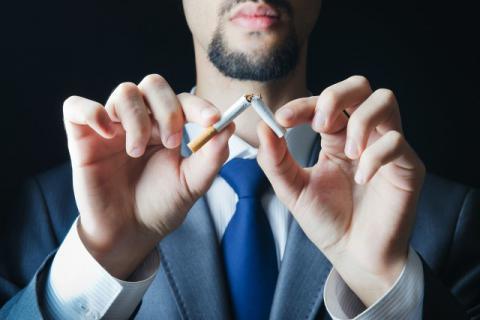 这些你经常做的一些事情,危害比吸烟还大